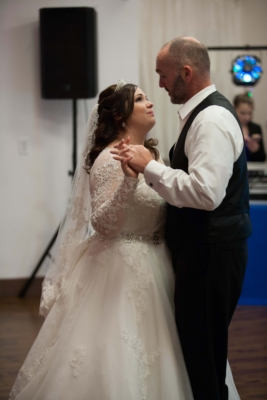 planning a wedding, Father daughter dance